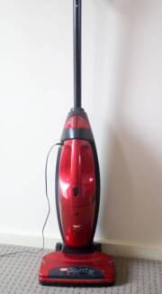 VAX Spirit cordless vacuum cleaner converts to hand held