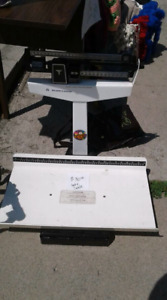 Older baby scale / luggage / shipping  scale