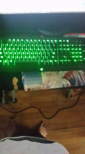 Gaming Computer With Gaming Keyboard and head phones