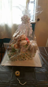 DIAPER CAKE PERFECT GIFT FOR BABY SHOWER OR NEWBORNS