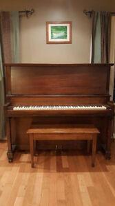 Evans Bros. Upright Piano ( aprox 1926 )