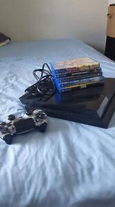 Ps4 - 5 jeux - Une manette (cables inclu)