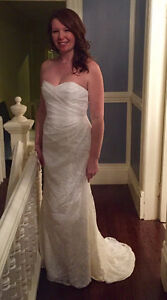 Brand New, Never Worn! Gorgeous Ivory Lace Sweetheart Neck Gown St. John's Newfoundland image 2