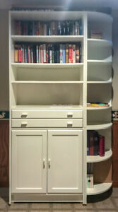 2 Book cases, with 2 corner shelving