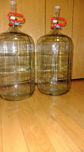 Wine 6 Gallon 23 Litre Glass Carboy Airlock & Stopper And Handle