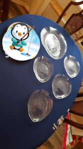 Fish Platter with 4 matching serving dishes