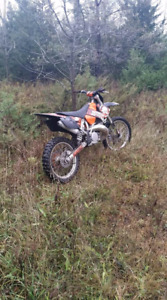 Very clean 2005 ktm 250 with ownership