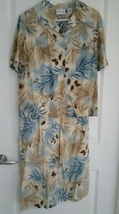 Alfred Dunner -- 2 Pc Outfit -- size 10  -- Yorkton, SK