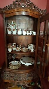 ROYAL ALBERT .OLD COUNTRY ROSES COLLECTION...VALUED AT 4,000