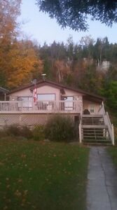 Lakefront retreat! HOT TUB! Crystal Clear waterfront, Sleeps 8 Kitchener / Waterloo Kitchener Area image 1