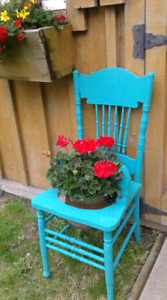 Flowers / upcycled chair planter