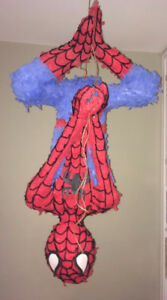 SPIDERMAN PIÑATA