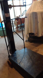 Platform Scale Weighs 600lbs - Price $175.00