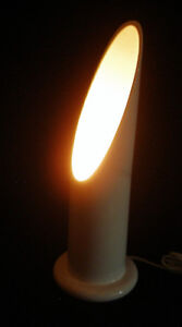 Lampe de table vintage atomic space age en céramique blanc