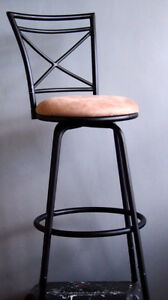 Bar stool New, adjustable, swivel base.