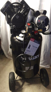 New 30 Gal. 155 psi Portable Upright Air Compressor