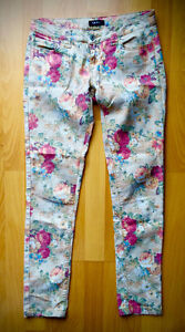 UK2LA Awesome Floral Skinny Jeans / Pants - Size 5 Small