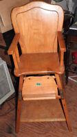 Chaise haute en bois antique Granby Québec Preview