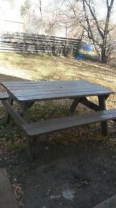 Picnic Table(Turns in a Bench)