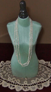 CULTURED PEARL NECKLACE AND MATCHING BRACELET