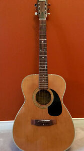 mansfield guitar buy sell items tickets or tech in ontario kijiji classifieds. Black Bedroom Furniture Sets. Home Design Ideas