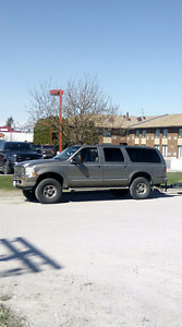 $7900...02 Ford Excursion V10 3/4 ton 4wd.....$7900