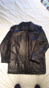 Men's 100% genuine leather jacket