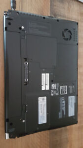 Laptop toshiba portégé r830