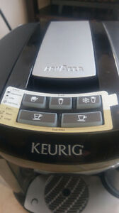 KEURIG COFFEE / EXPRESSO MACHINE ASKING $55.00 CALL 519-502-1370