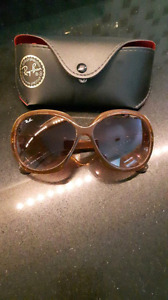 Ray Ban, Oakely, Just Cavelli sunglasses