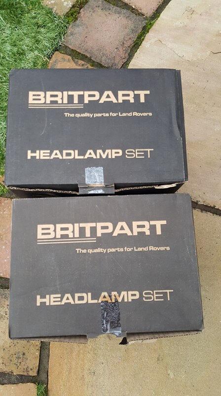 Land Rover Headlamp set