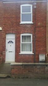 2 Bedroom Mid Terraced house To Let