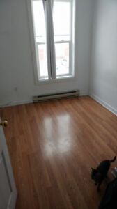 Bedroom for Rent, Close to Downtown and Queens Campus