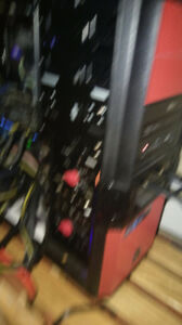 Ordinateur de mining ou gaming rig