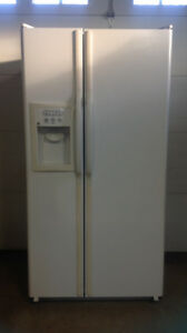 GE side by side fridge