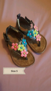 Girls summer shoes/sandals size 5 for 18 months