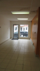 *** AAA LOCATION *** Metro jean talon - ALL INCLUDED
