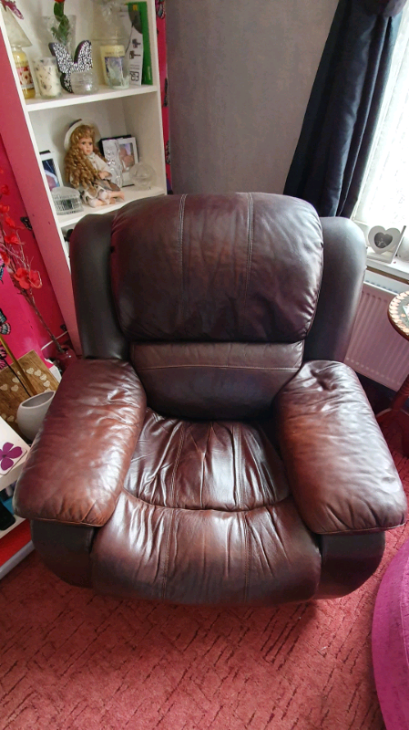 Tremendous Brown Leather Recliner In Coventry West Midlands Gumtree Theyellowbook Wood Chair Design Ideas Theyellowbookinfo