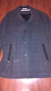 PERRY ELLIS THREE QUARTER LENGTH JACKET - trade or sale