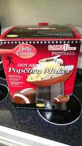 Betty Crocker  popcorn maker Peterborough Peterborough Area image 1