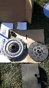 Chev 11 inch clutch kit.new in box