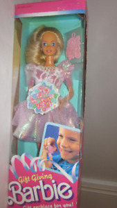 1988 Gift Giving Barbie