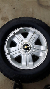 Factory Chevrolet take off 265/65/R18 Bridgestone Duellers