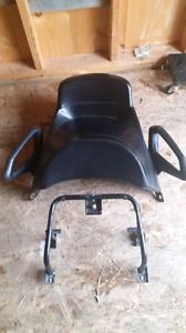 2004 to 2007 buddy seat w/mount...
