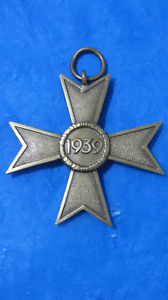 AUTHENTIC WW2 GERMAN ENLISTED MAN IRON CROSS