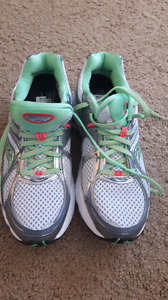 Saucony Running Shoes - Never Worn!