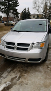 2009 grand caravan fully loaded first owner!