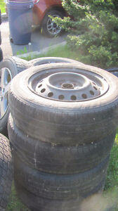 Rims R-14 old tires from a Toyota  echo