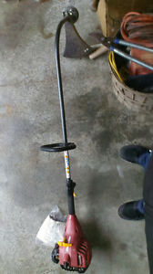 WEED TRIMMER $99 Kingston Kingston Area image 2
