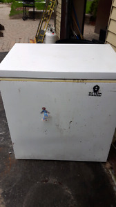 Deep freezer For Sale.